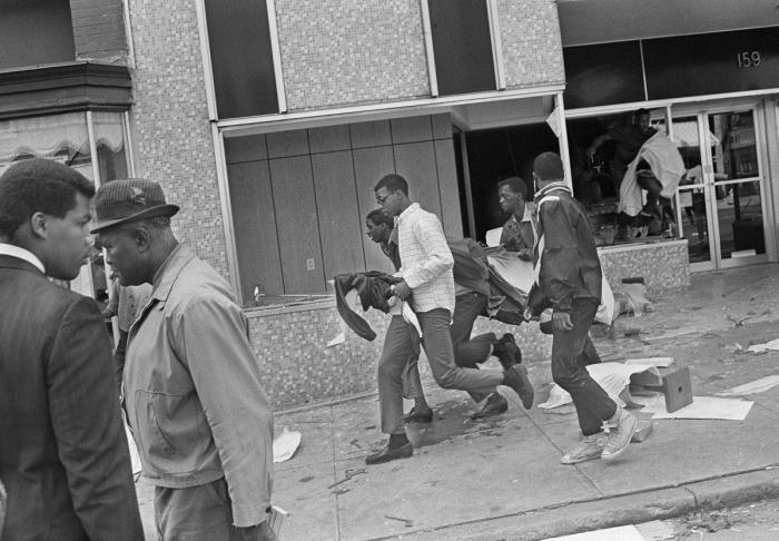 civil-rights-memphis-sanitation-strike